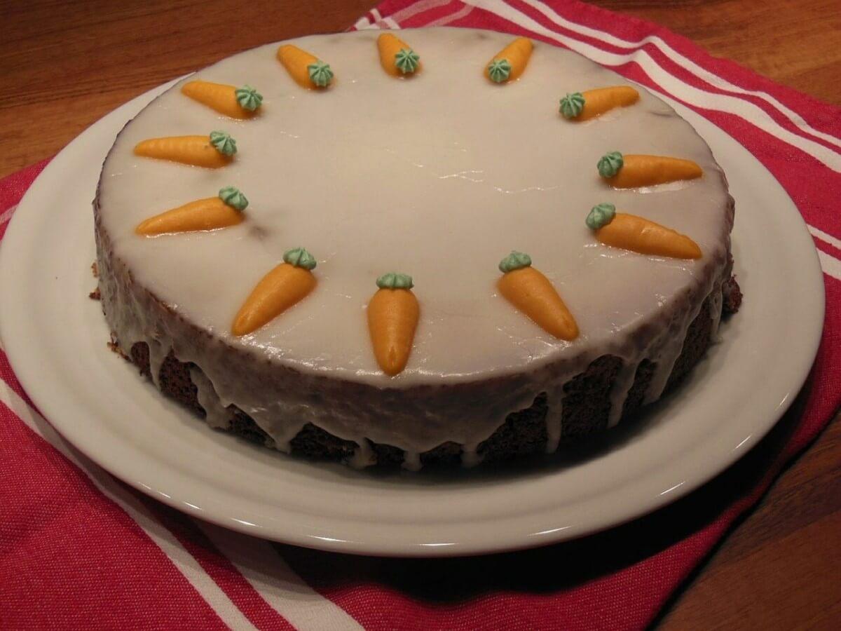 Come usare gli attrezzi per le torte di zucchero
