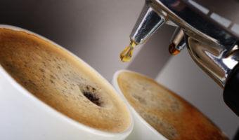 Macchina da caffè manuale, automatica o a capsule